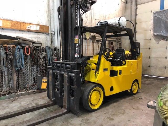 (2076) Royal TA220B Forklift - Pic 2