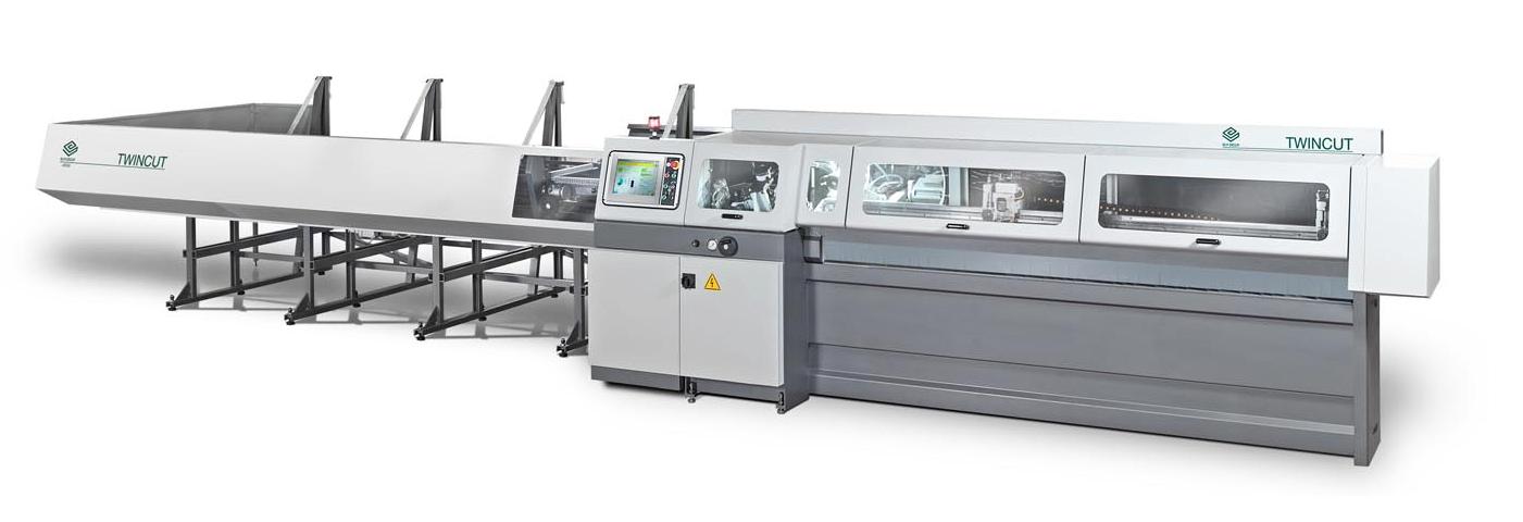 Twincut-CNC-tube-cutting-machine-equipped-with-a-circular-saw-blade