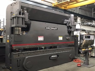 (1799) Cincinnati 230 AF-10 Press Brake - Pic 1.jpeg